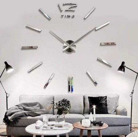 Mirrored Clock 5