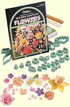 GUM PASTE FLOWER KIT 1