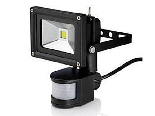 10w LED FLOOD LIGHT WITH MOTION SENSOR - BRAND NEW